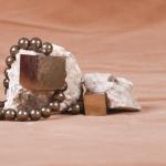 pirit taşı demir taşı taş sandığı doğal taş